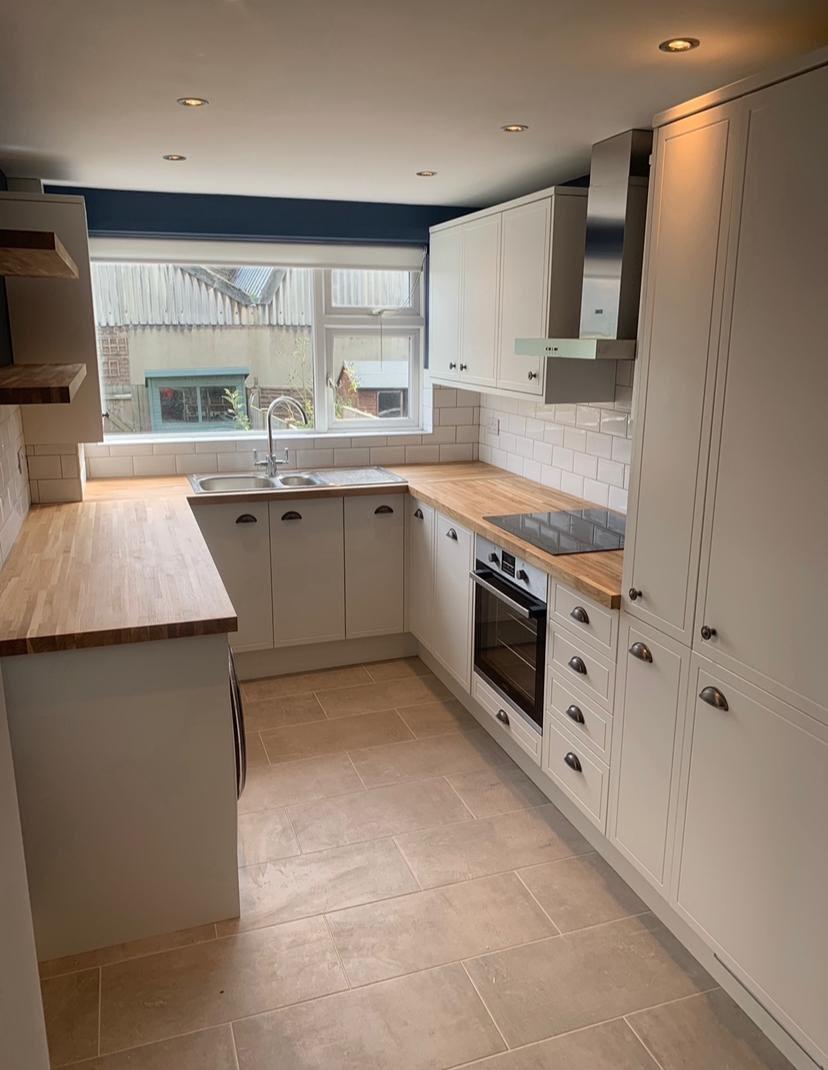 Bespoke Surrey Kitchens 1
